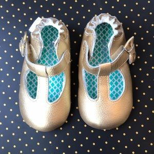 Robeez Gold Leather Rubber Sole Mary Jane